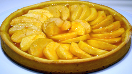 Crostata-di-Marmellata-di-Albicocche-e-Mele