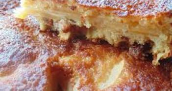 Torta-di-Mele-Uvetta-Pinoli