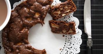 Ciambella-al-cioccolato-e-Mele