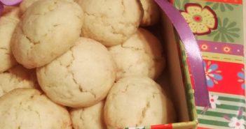 Biscotti-al-cioccolato-bianco